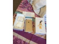 iPhone 6s gold 64gb unlocked boxed with all accessories selling as upgraded great condition