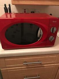 Swan microwave for sale (red)
