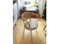 Authentic Thonet 209 Bentwood Chair