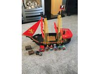 Play Mobil pirate ship figures weapons and treasure