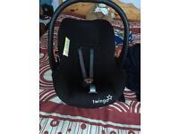 Black twingo car seat