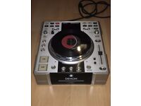 Denon DN-S3500 SCRATCH CD Turntable - Like Pioneer CDJ1000 (NEVER USED - MINT CONDITION)