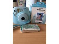 FujiFilm instal mini 8 instant camera