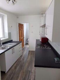 2 bed terraced house to rent in Halesowen