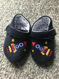 Boys slipper shoes (12-18 month)