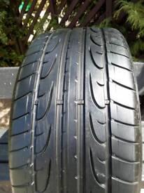 Dunlop 255 x 35 zr20 tyre