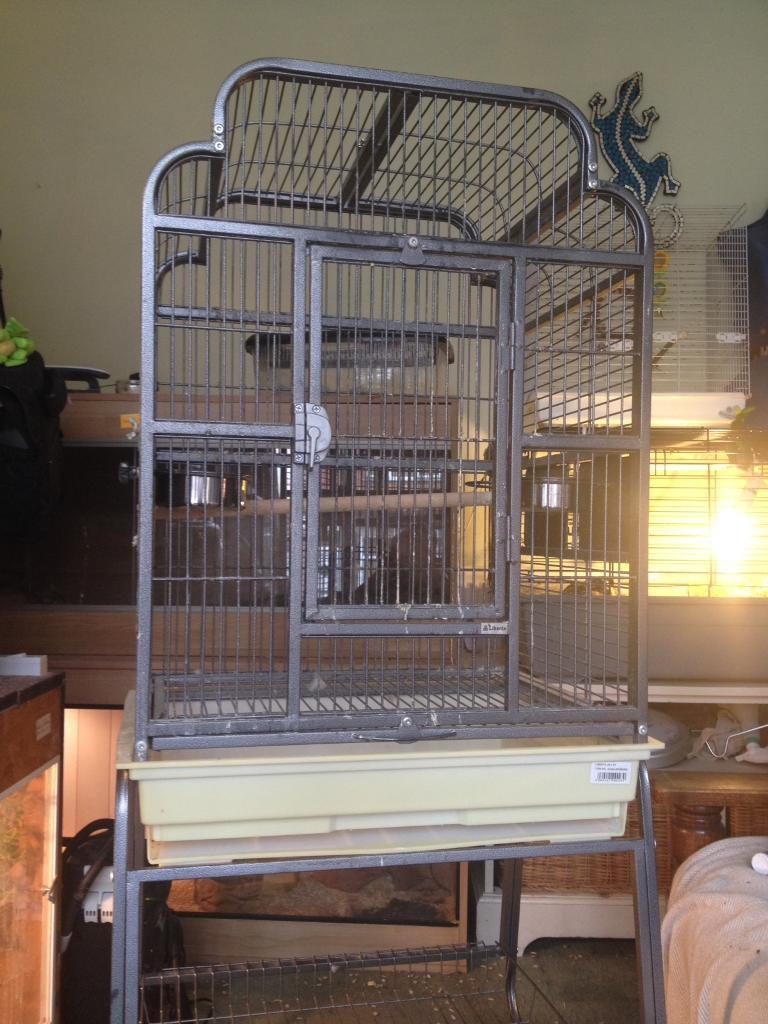 Silver/Grey Bird Cage with Stand