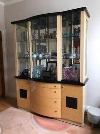 Siena: Top Of The Range Display Unit - Storage