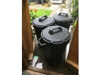 Storage bins dust bins