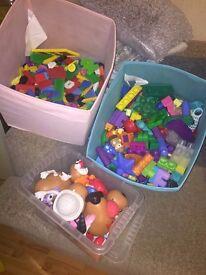 large amount of learning toys