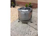 Washing machine drum fire pit/portable BBQ