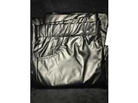 Leather-look leggings size XL