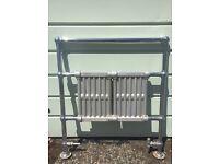 Victoria cast iron towel rail