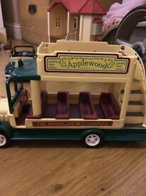 Sylvanian Families Applewood bus