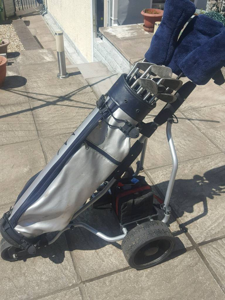 Electric Golf trolley with battery, bag and clubs  | in Blackwood,  Caerphilly | Gumtree