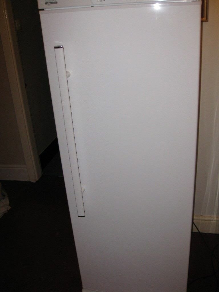 Spares or Repairs Whirlpool Freezer