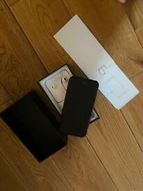 I phone 7 128gb black - unlocked