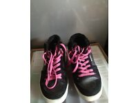 Airwalk trainers Size 7.