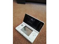 Nintendo 3DS white with charger and cover incs 13 games