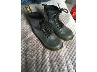 Kids uk 10 dr martens