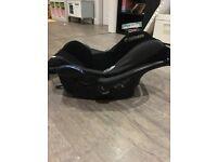 Maxi-cosi Cabriofix Car Seat and Easy Fix Isofix Base