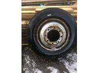 Truck/bus tyre. 275/70/22.5 new.