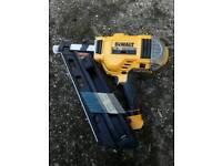 NEW !!! DeWalt Nail Gun DCN692 First Fix