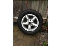 Land Rover/range Rover alloy wheel/ tyre