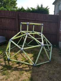Garden climbing frame