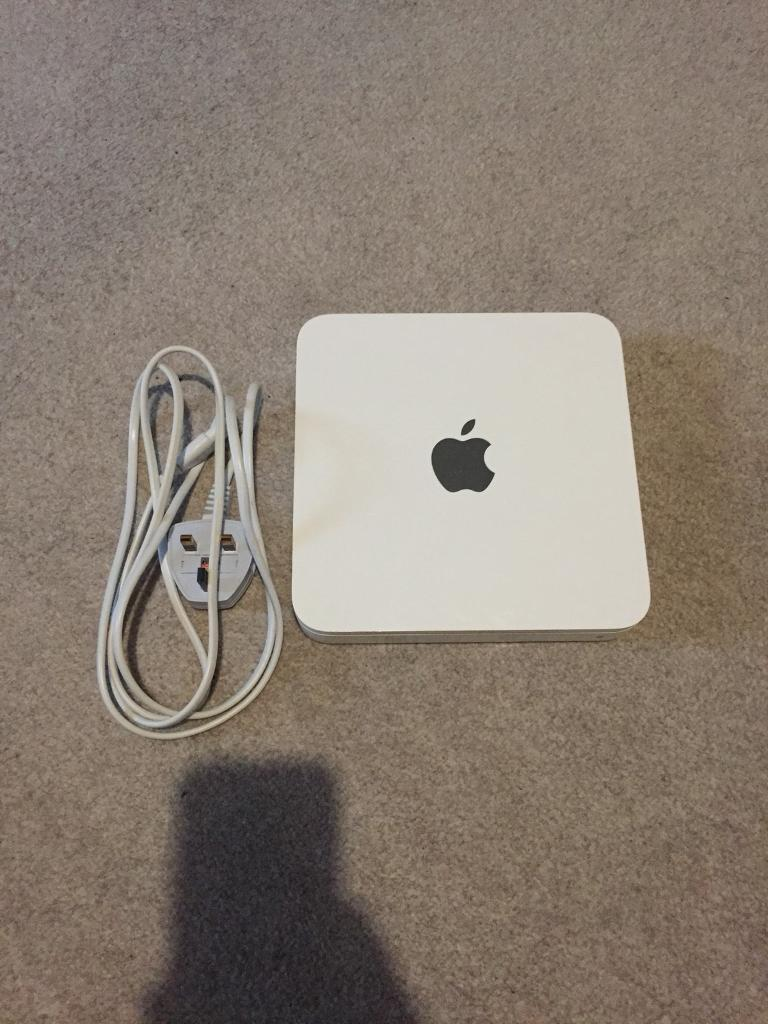 Apple 2TB Time Capsule Wireless Router and Hard Drive