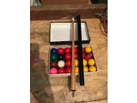 Snooker/Pool table with cues and balls