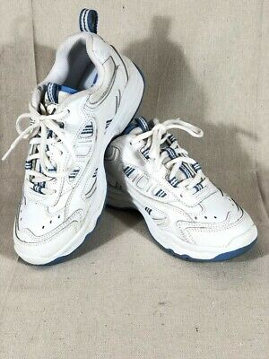 Vintage Ladies LA Gear Sneakers Sz 7 Very Clean in Excellent Condition!