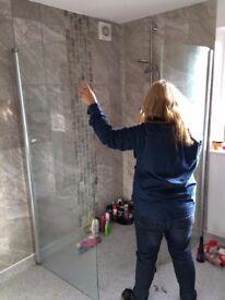 Frameless Curved Walk in Shower Enclosure
