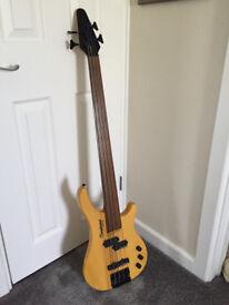 Tanglewood Rebel 4K electric fretless bass