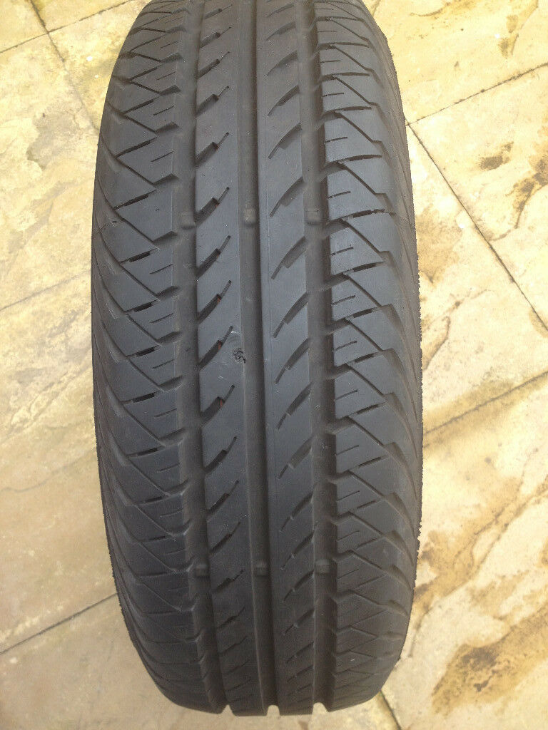 Continental vanco contact tyre 195/65/15