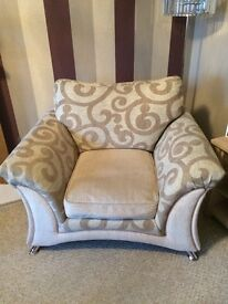 Beautiful large 3 seater sofa and matching chair