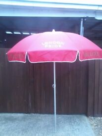 Large Tilting Pub Umbrella