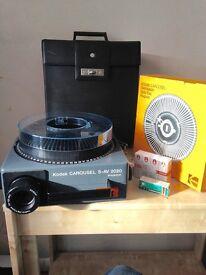 Kodak S-AV 2020 Slide projector and carousel
