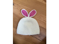 Baby girl hat 2 years USED