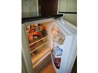 Whirlpool integrated fridge - good working order