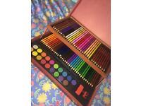 Artist pencills