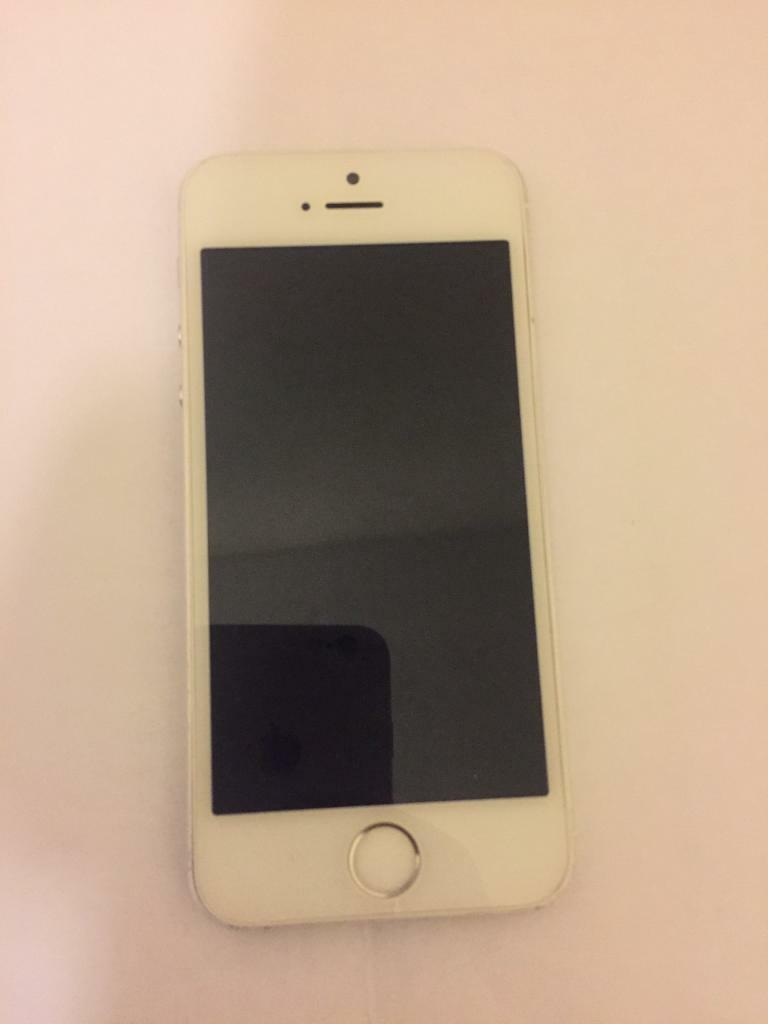 Iphone 5s mint condition110in Derby, DerbyshireGumtree - This iphone 5s is mint condition no scratches perfect working screen and is very cheap because i have bought a new iphone 7 07542208655
