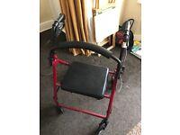 Rollator walker with wheels