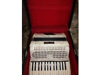 Chanson 72 bass accordion