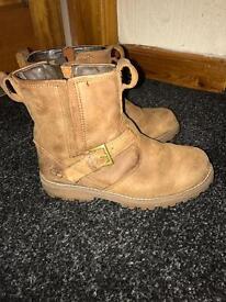 Boys timberlands boots