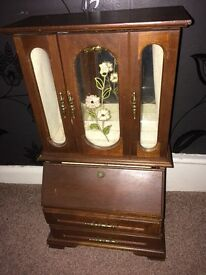 Jewellery Cabinet, great condition, came down the family from my great grand mother