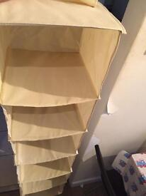 Hanging shelves/wardrobe organiser