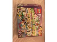 Lego friends shopping mall