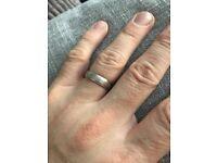 Men's Platinum Wedding Ring/Band