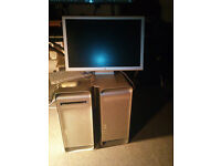 Two Apple Power Mac G5 and one Monitor